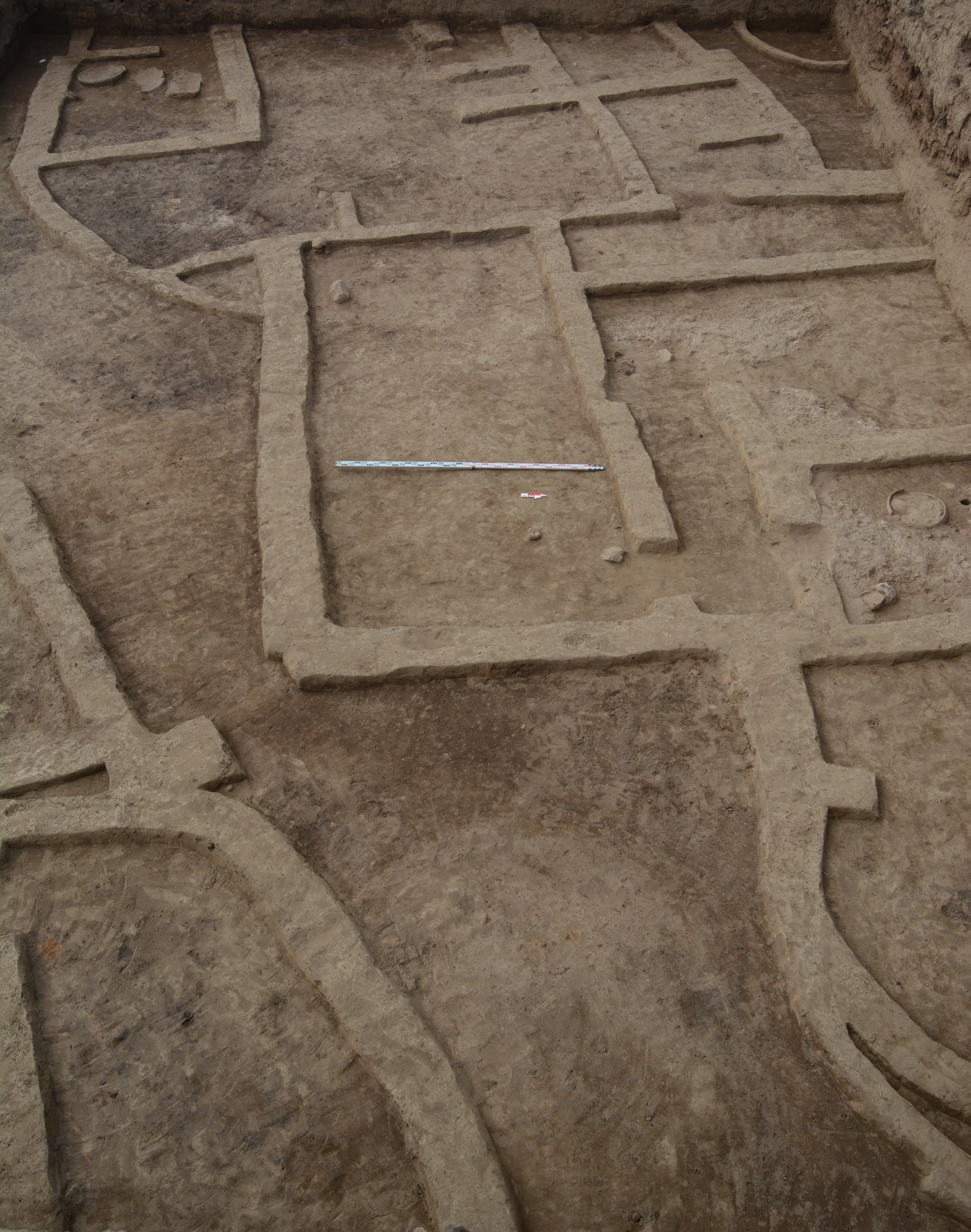 Fig.1. Tell el-Murra. Trench T5. The settlement. Early Dynastic (Photo M.A.Jucha)