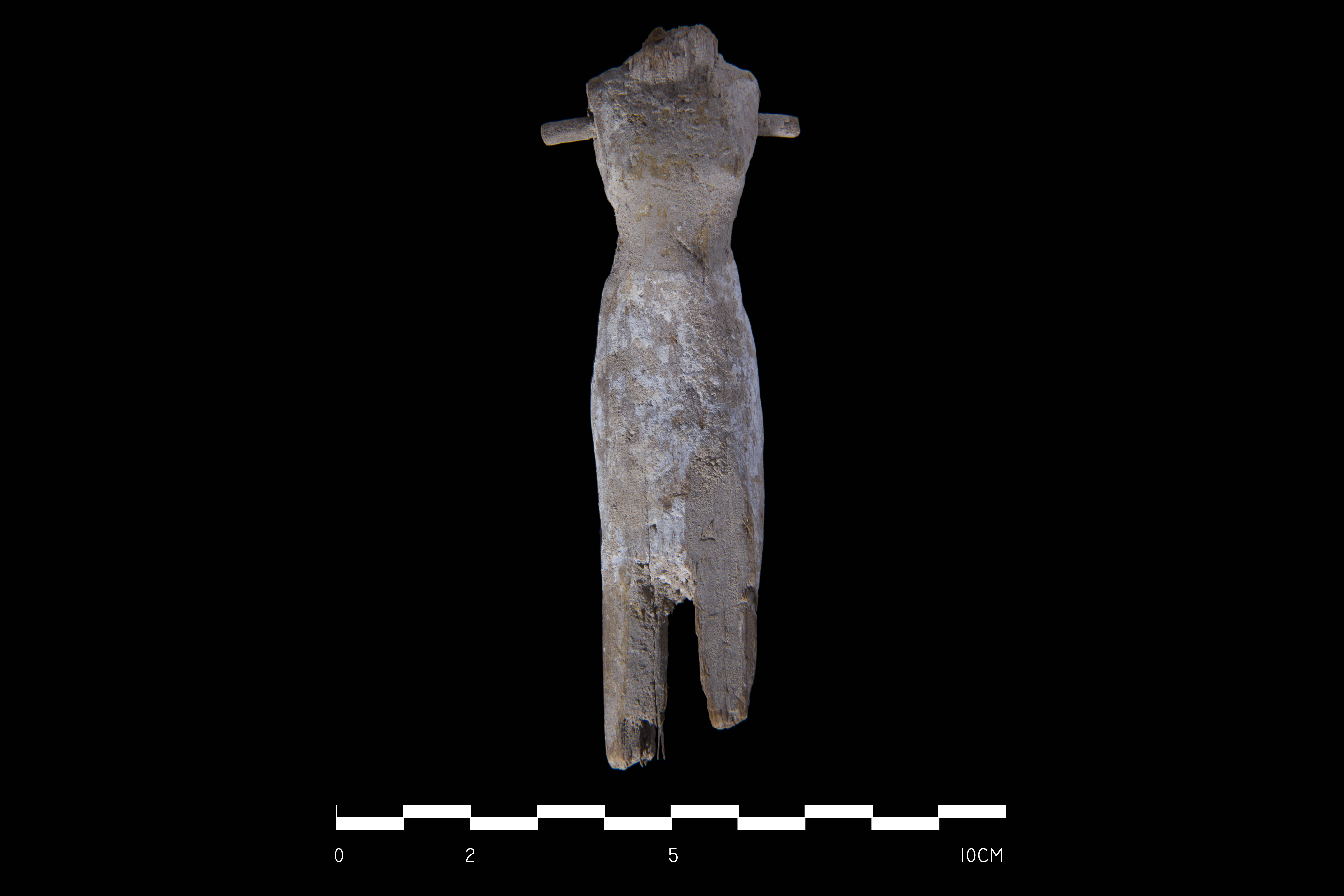 Ryc. 5. Fragment modelu drewnianego ukazującego nosicielkę ofiar (fot. M. Jawornicki).